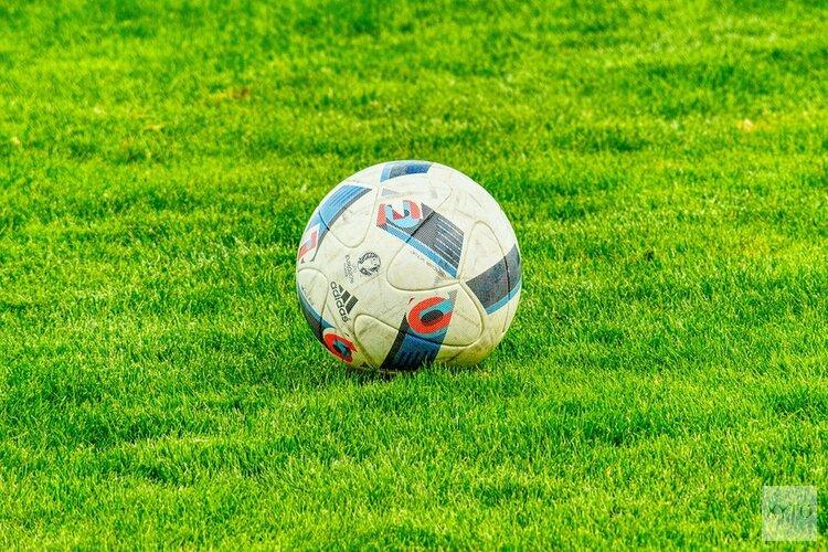 De Rijp verslaat Sporting S, VV Bergen in slotfase onderuit