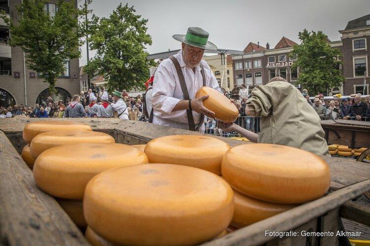 Organisatoren feesten Koningsdag binnenstad openen kaasmarkt