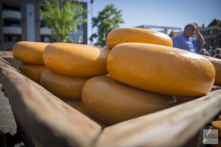 Stichting Alpe d'Huzes opent kaasmarkt