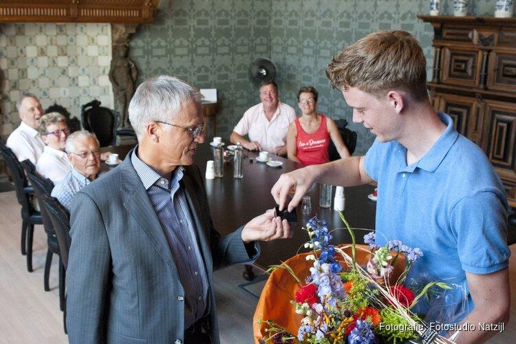 Nederlands Kampioen biljarten Sam van Etten gehuldigd
