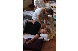 Vanuit de Bram Bakker School wordt de volgende cursus gegeven: 'Cursus Namikoshi Shiatsu masseur'