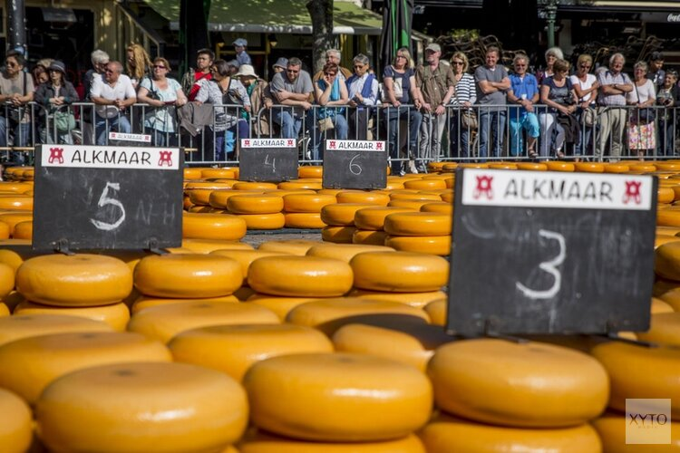 Kaasmarkt in het teken van 100 jaar vrouwenkiesrecht