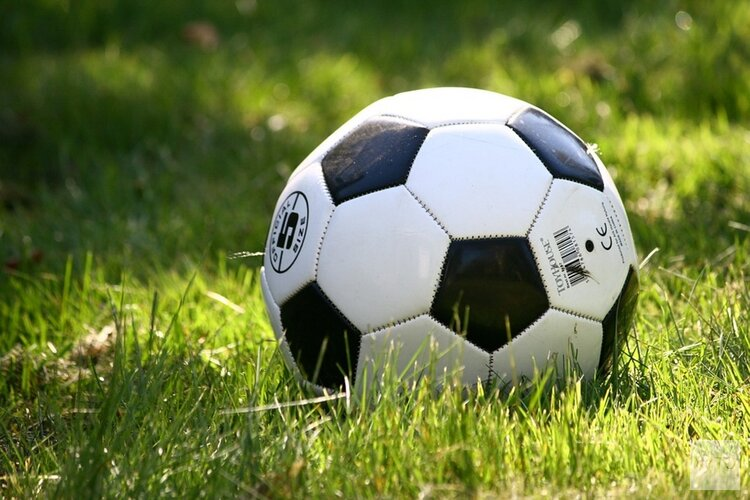Ruime nederlagen voor Sporting S en SSV
