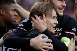 AZ vernedert PSV in Eindhoven