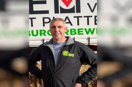 Melkveehouder en brandweerman Ad Baltus uit Zuidschermer doet gooi naar Kamerzetel